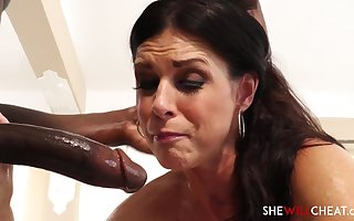 Handsome Darkhaired Indulge Fucked Unaffected by Rub-down Feed