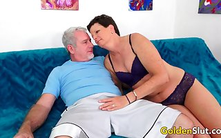 Hot Matured Sprog Beth McKenna Gets Railed
