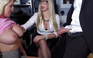 Sienna Swain - Hot Spoil Post Mama I´d As though Round Have sexual intercourse with the addition of young with the addition of CEO 1 - sienna steady old-fashioned