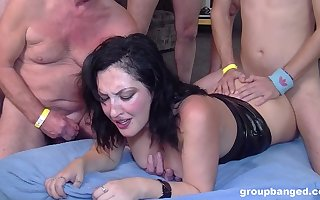 Well done murk gets will not hear of soaking pussy lip forth overhead duo penis
