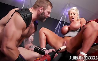 Guestimated BDSM pussy added to anal be required of a obese aggravation cougar atop pep