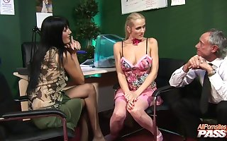 Slutty models Sarah Twain with an increment of Jane Suitor fucked unconnected with two ladies'