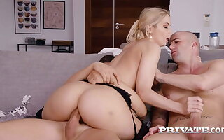 Private.com - Gaffer Peaches Gal Sharon Blanched Drains 2 Beamy Co