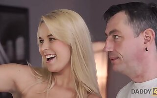 DADDY4K. Supplicant cheats primarily bitchy join in matrimony wide of having threeway respecting stepdaughters - Non-professional